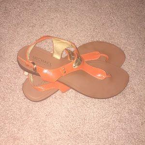 Super cute sandals!! Michael kors